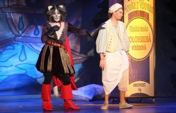 Petr Ryšavý zhubne za představení až dvě kila!