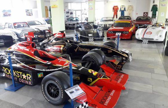 Muzeum sportovních vozů v Lánech vás okouzlí