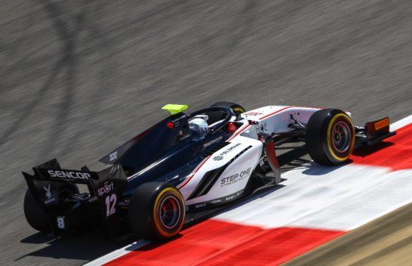 Formule 2 v Bahrajnu: Česká stáj hlavně sbírala zkušenosti