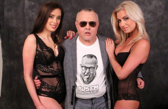 Doctor PP se fotil s polonahými dívkami. Může za to fotograf Jakub Ludvík