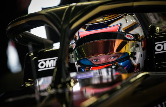 Petr Ptáček úspěšně dokončil testy na evropskou Formuli Renault