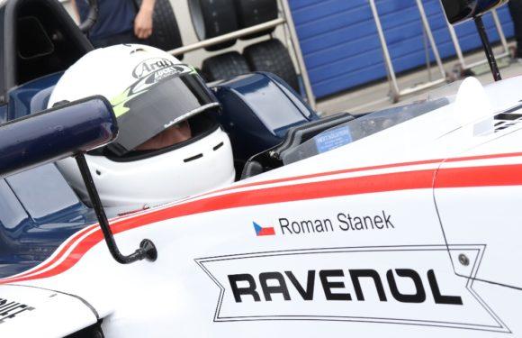 U Alfa Romeo Racing si mnou ruce: Staněk junior zajel neskutečnou kvalifikaci F4!