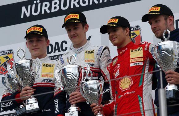 Mladí piloti Sauberu ovládli první závod na Nürburgringu