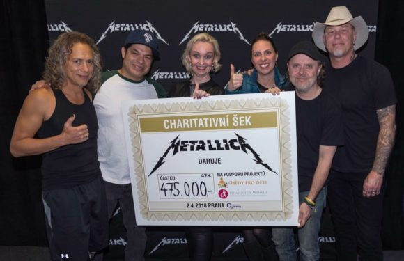 Metallica vyprodala Letňany! Letos opět podpoří Obědy pro děti