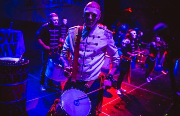 Tokhi &the Groove Army zaútočili na festivalová pódia nejen s jedinečným počinem Royal Squad