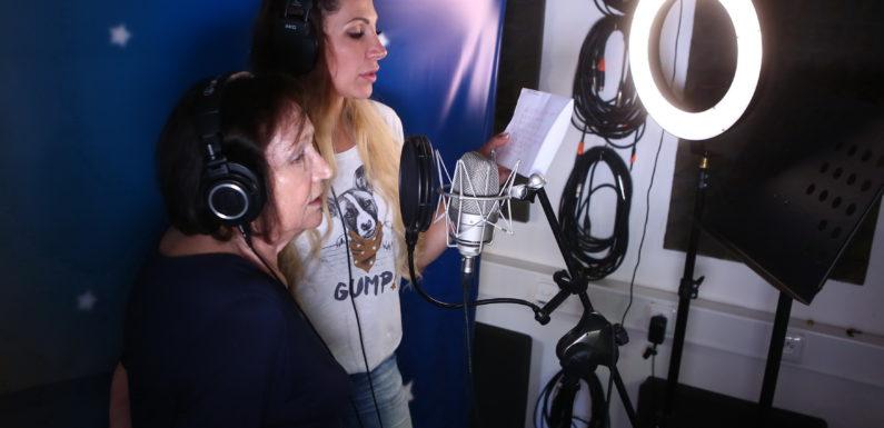 Olga Lounová vydává nový klip. K písni ji inspiroval pejsek z útulku!