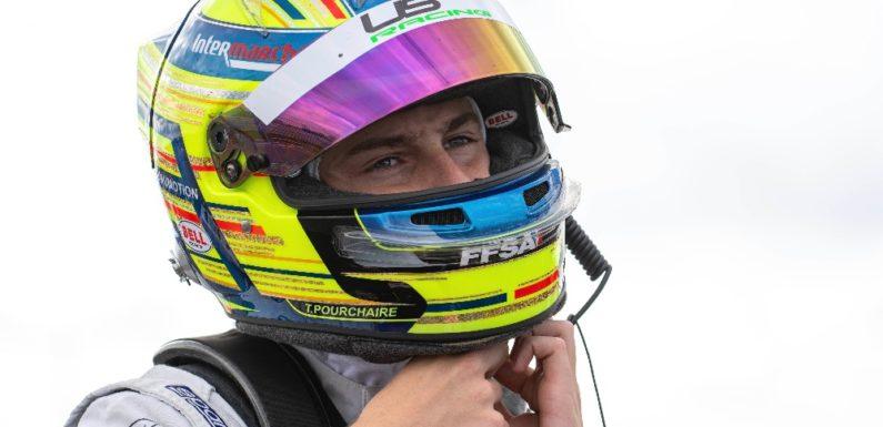 Pourchaire stále vede šampionát F4, Staněk nejlepším nováčkem sezóny
