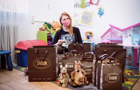 Zrzavá modelka Pavelková rozdávala radost dětem na svoje narozeniny