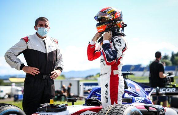 Paráda pro Charouzů v tým: Delétraz dojel v závodě F2 v Rakousku druhý