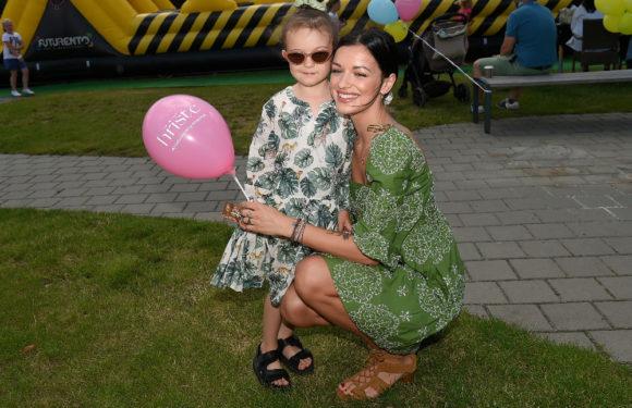 Zpěvačka a modelka Jitka Boho se poprvé na veřejnosti ukázala se svým novým přítelem